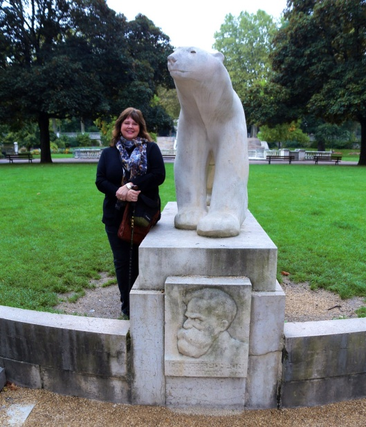 Jardin Darcy, Pompon Polar Bear, reproduced by his friend Henry Martinet, as an hommage to his mentor and friend.
